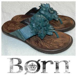 BORN Sz 7 FLIP FLOPS SANDALS Blue FLORAL Leather